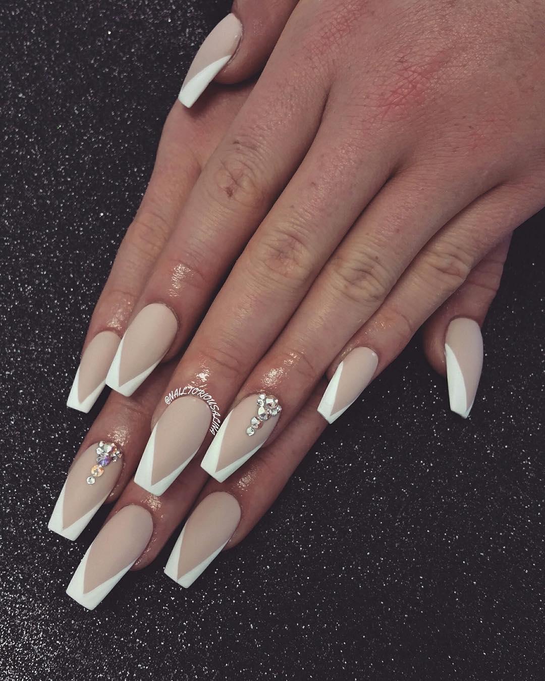 Beige coffin nail designs