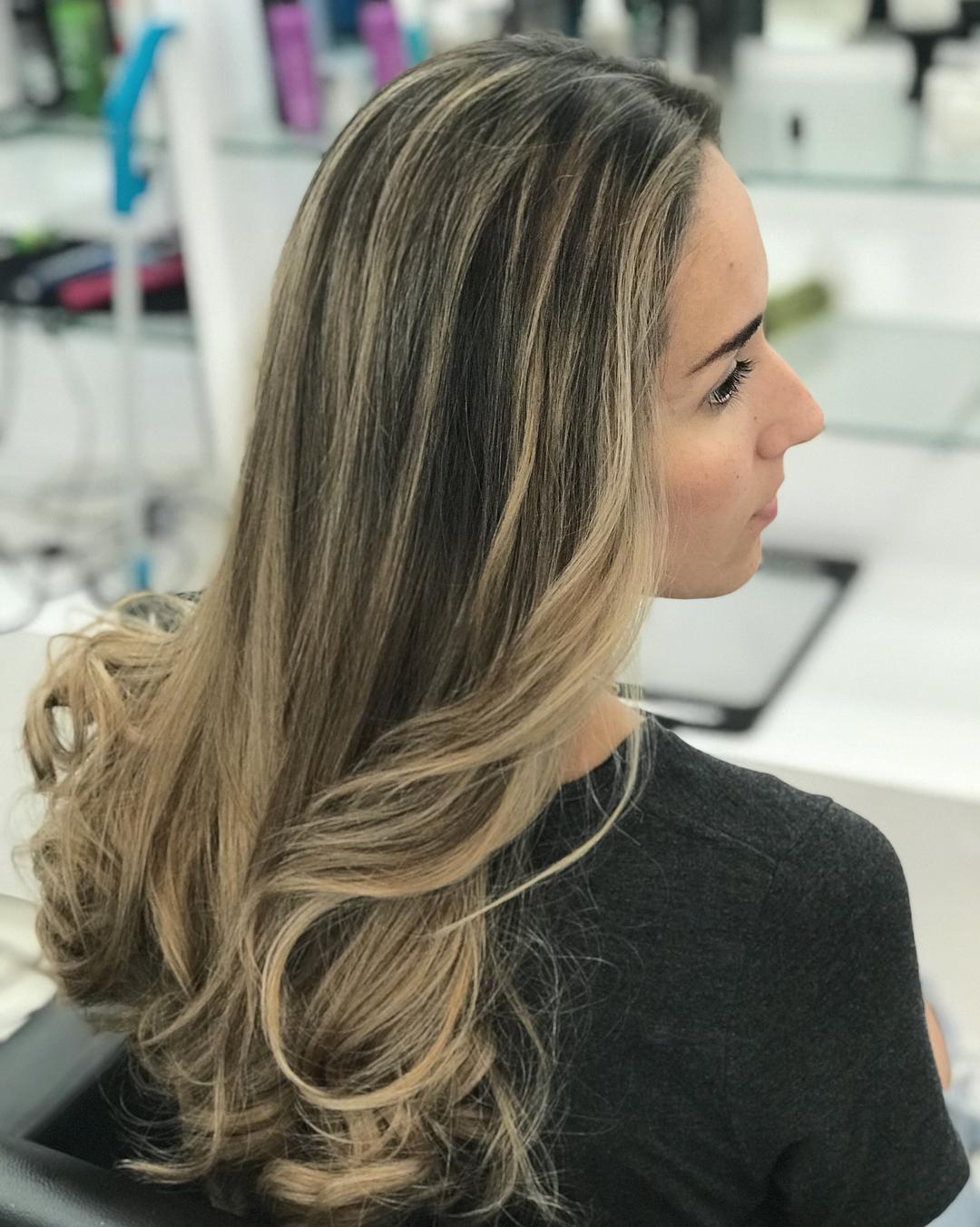 Chunky brown lowlights in blonde hair