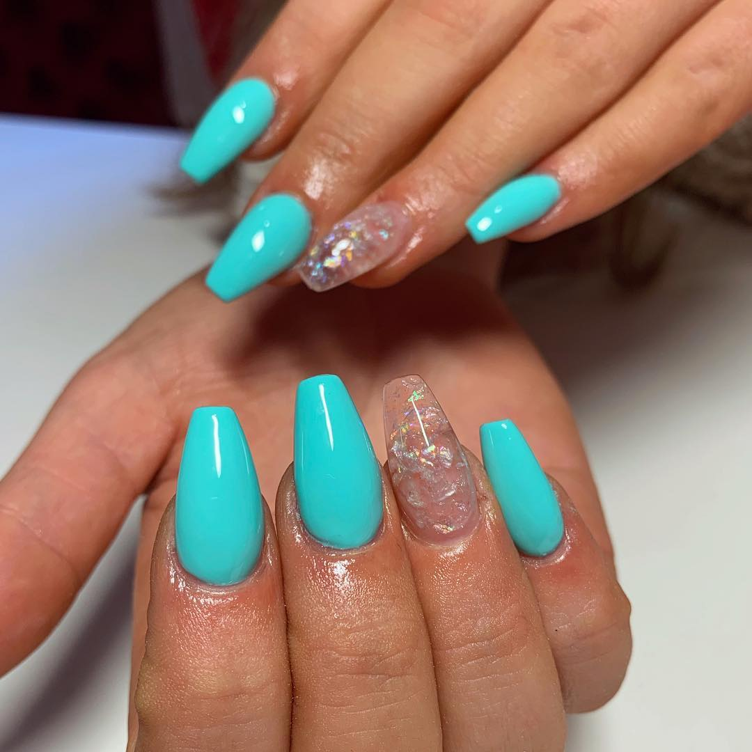 Updated 50 Eye Catching Aqua Nails August 2020