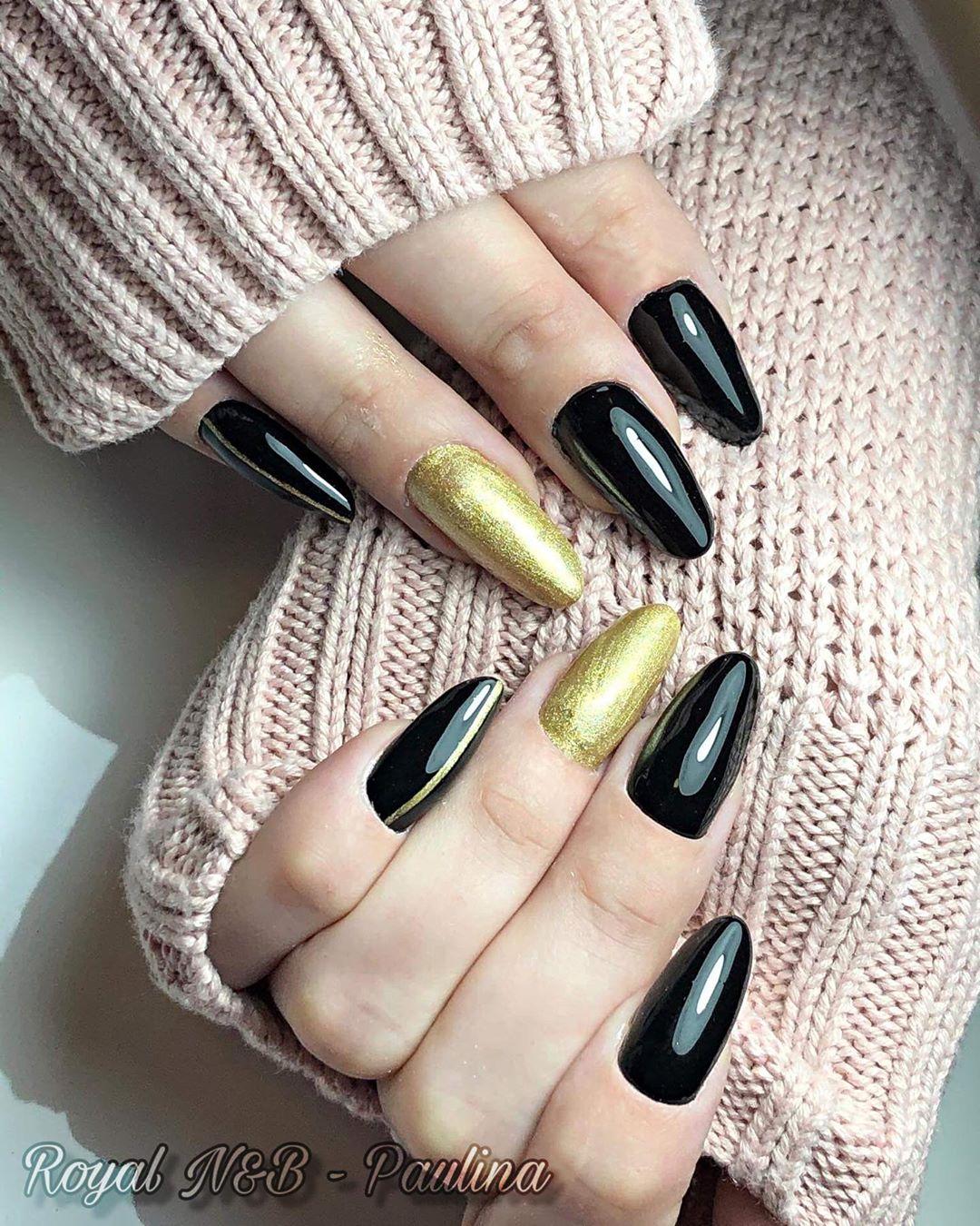 Gold & Black Nail Designs