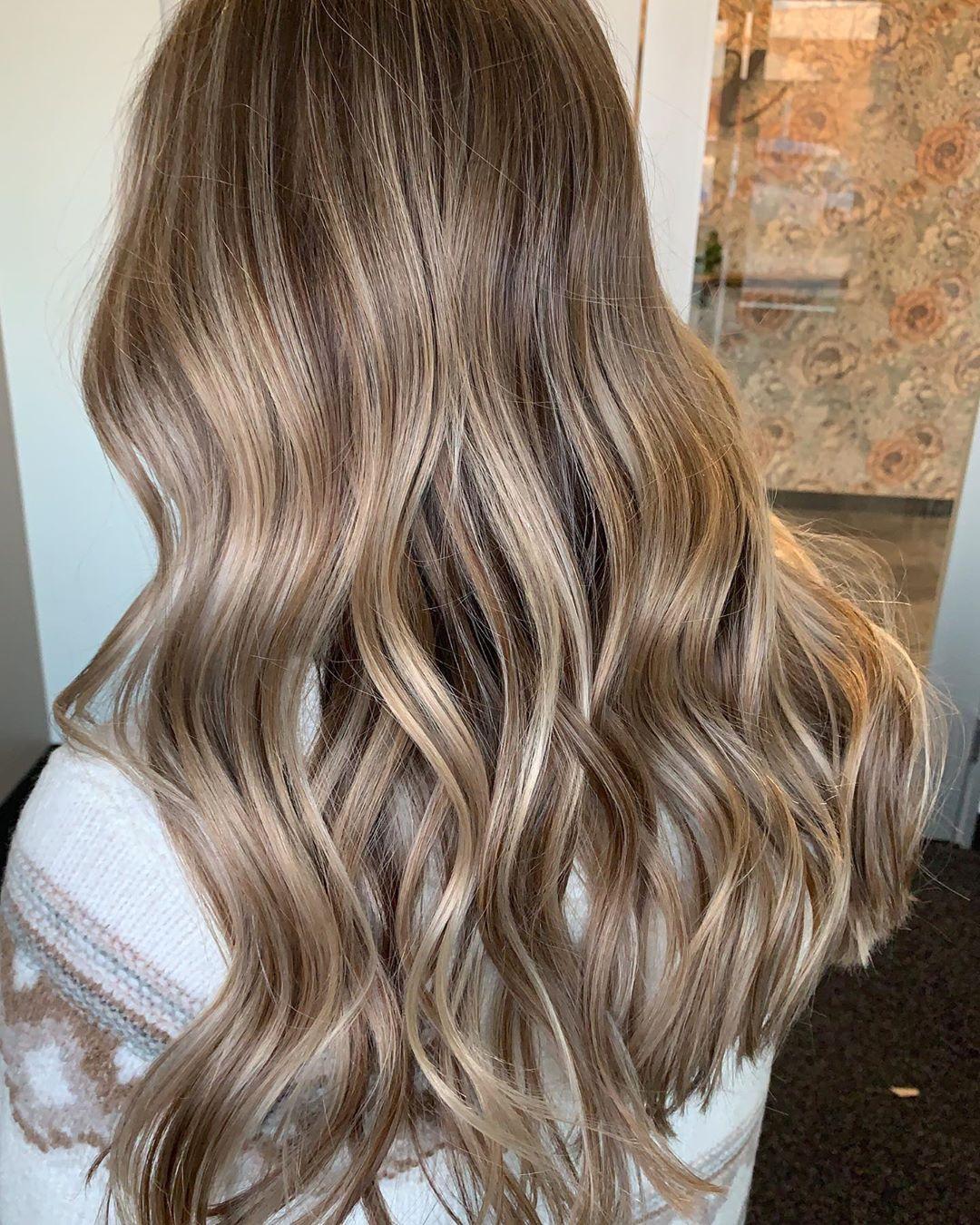 Toffee lowlights in blonde hair