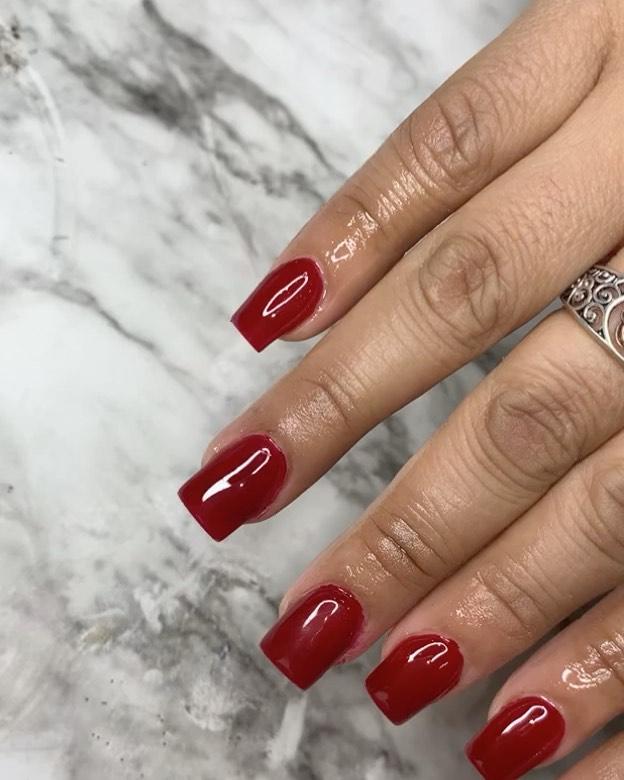 30+ Bold Red Acrylic Nail Design Ideas