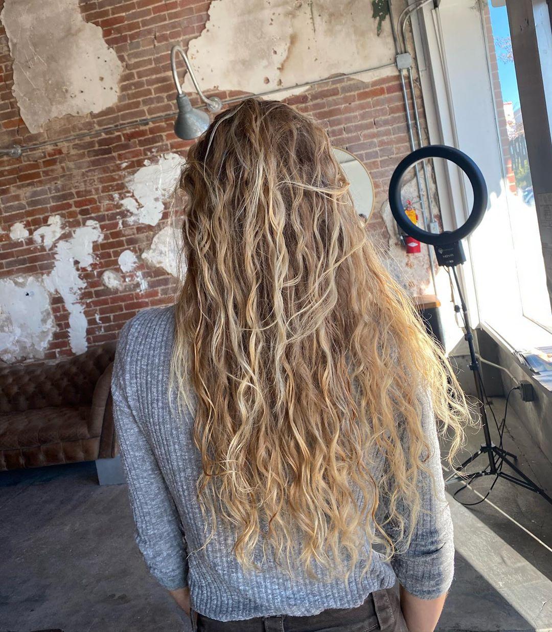 Best Beach Wave Perm Hairstyles
