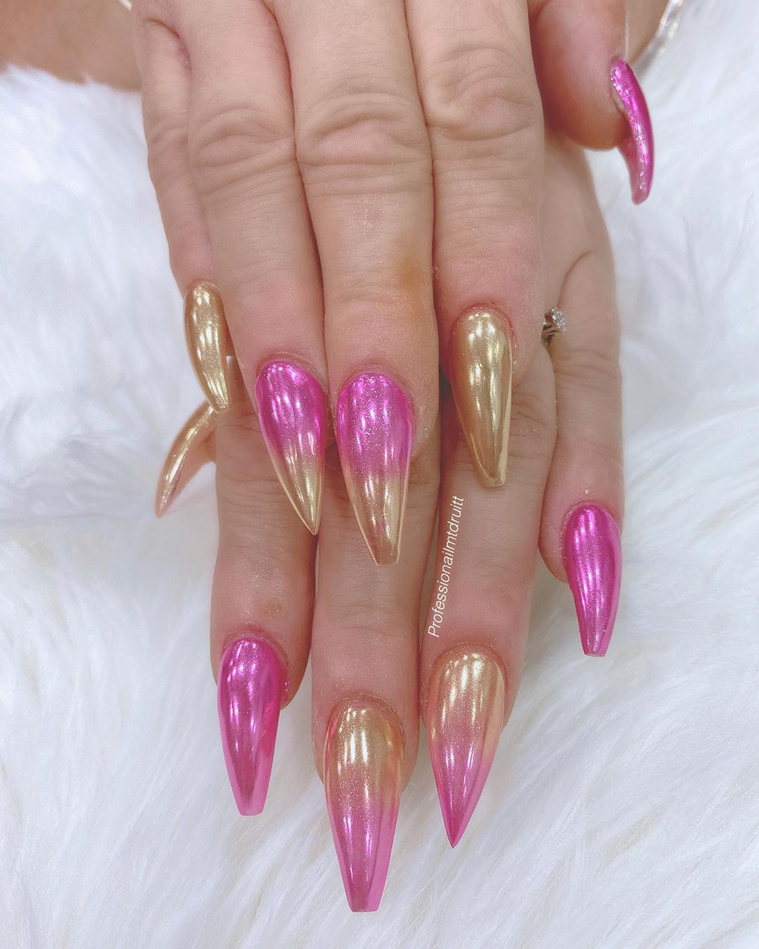 Ombre pink metallic nails
