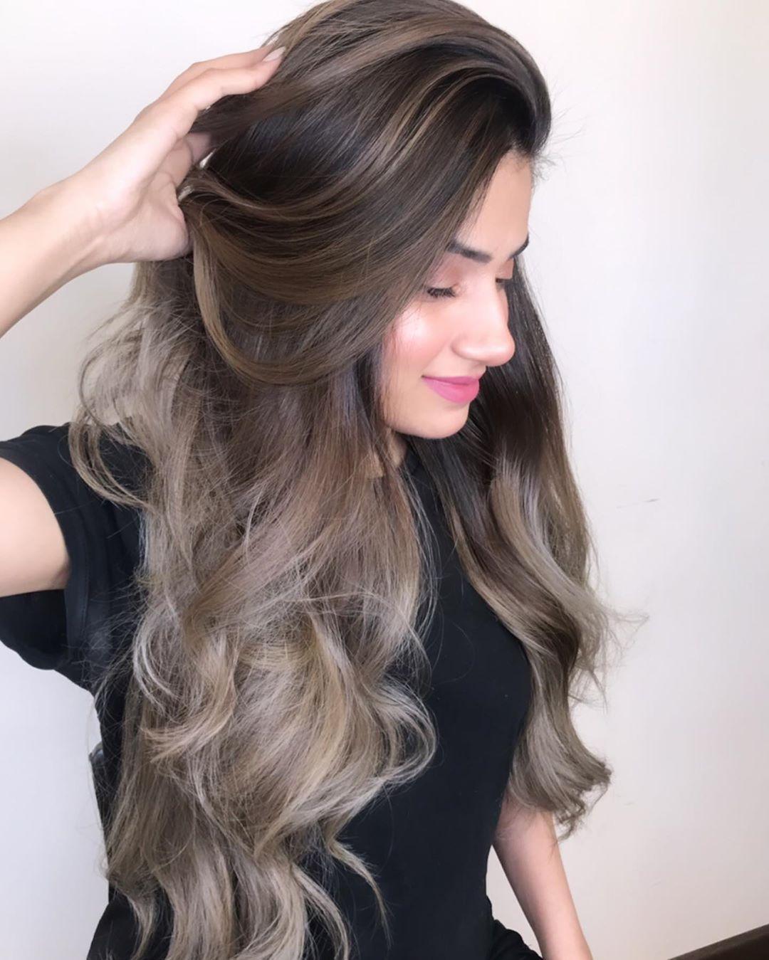 adeeba_hair_colourist