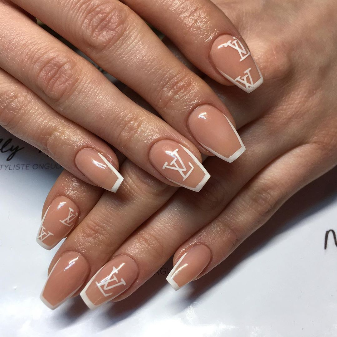 Updated 30 Louis Vuitton Nail Designs August 2020 #ig #louis vuitton #pink #baby pink #beauty #trendy #upper class #expensive taste #luxury bag #style #expensive #nails #classy #high class #goals #glam goals #luxury lifestyle #luxe #luxe life #luxe aesthetic #glam angel #girly #girly aesthetic.