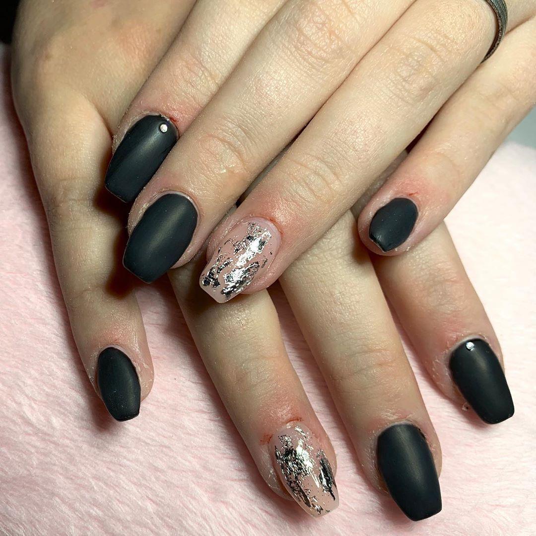 Foil Nail Designs