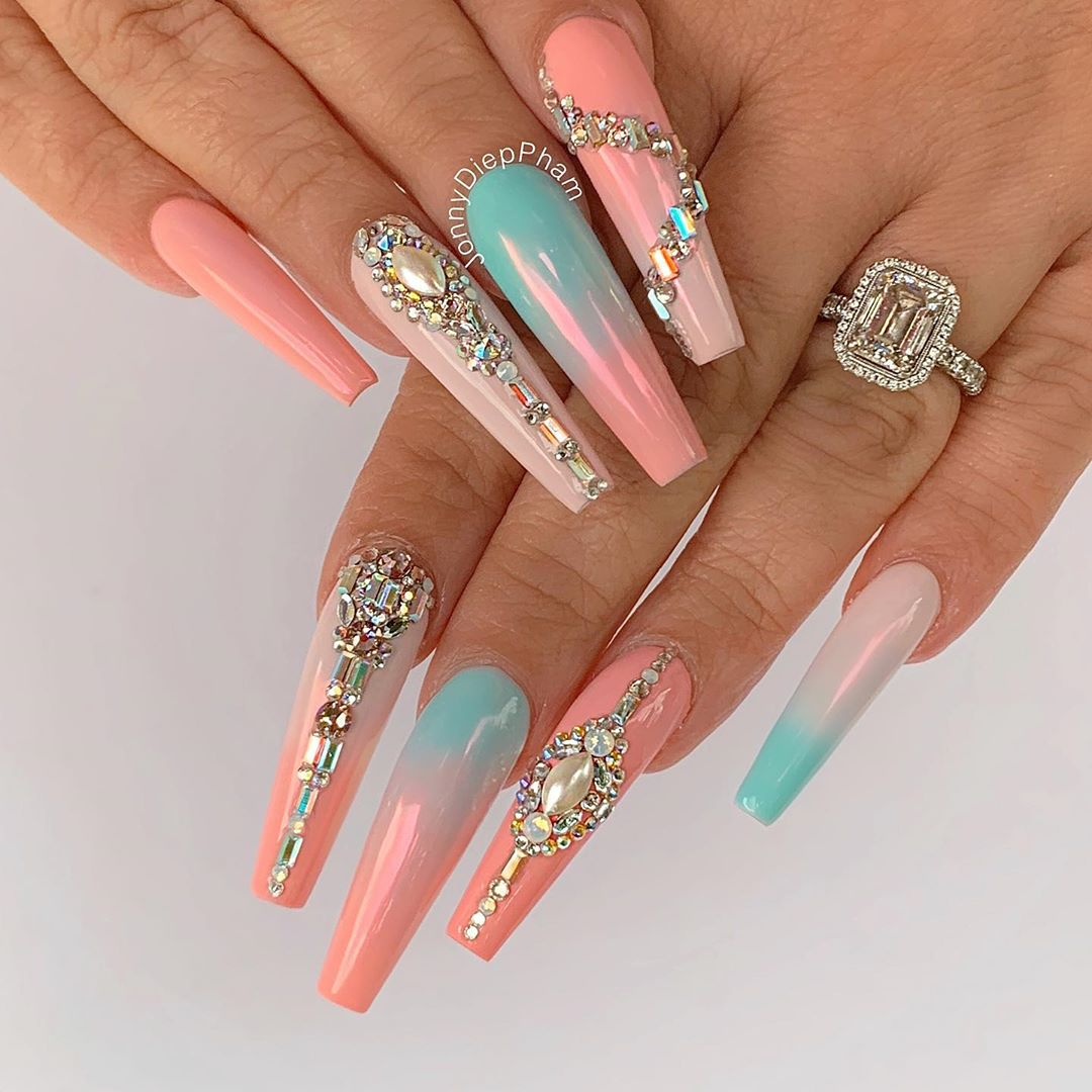 Diamonds coffin nail designs
