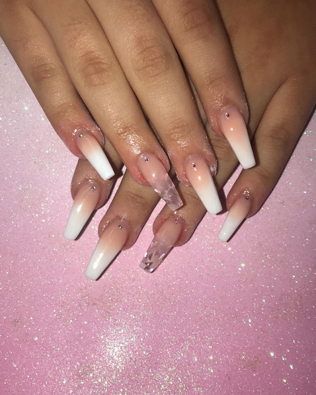 Ombre coffin nail designs