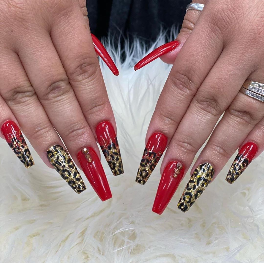 Leopard coffin nail designs