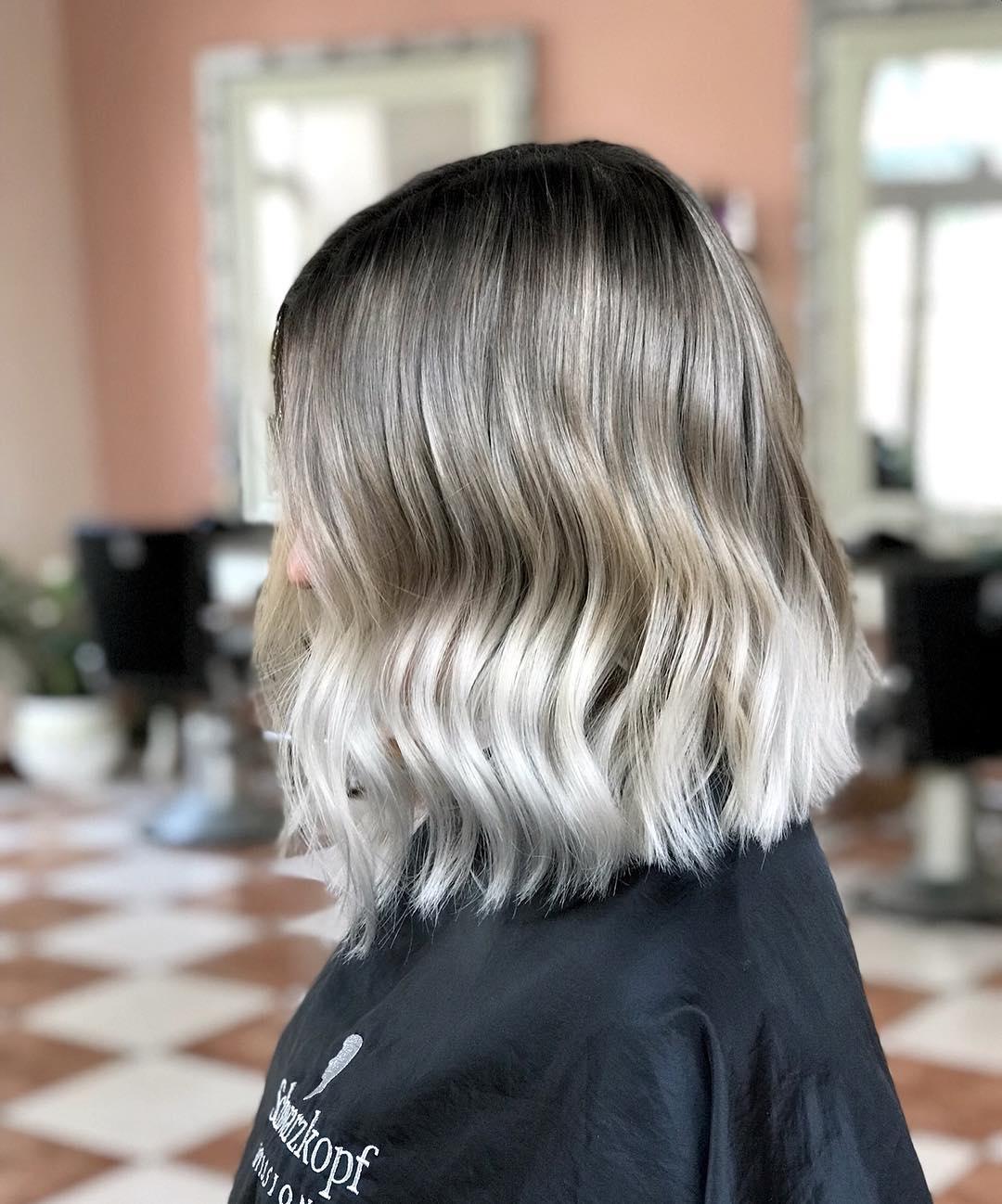 Updated 40 Dark Roots Blonde Hair Ideas August 2020