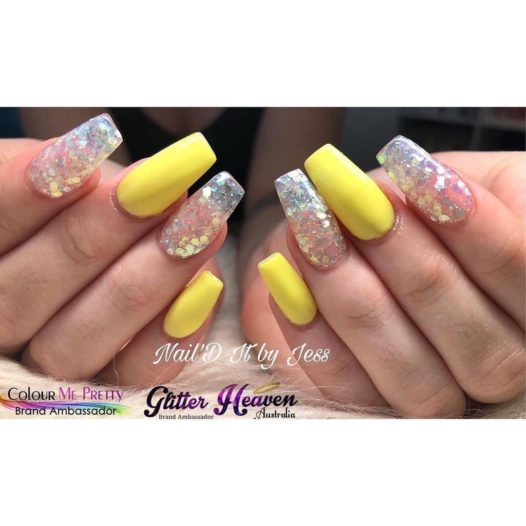 Big glitter on Yellow Acrylic Nails