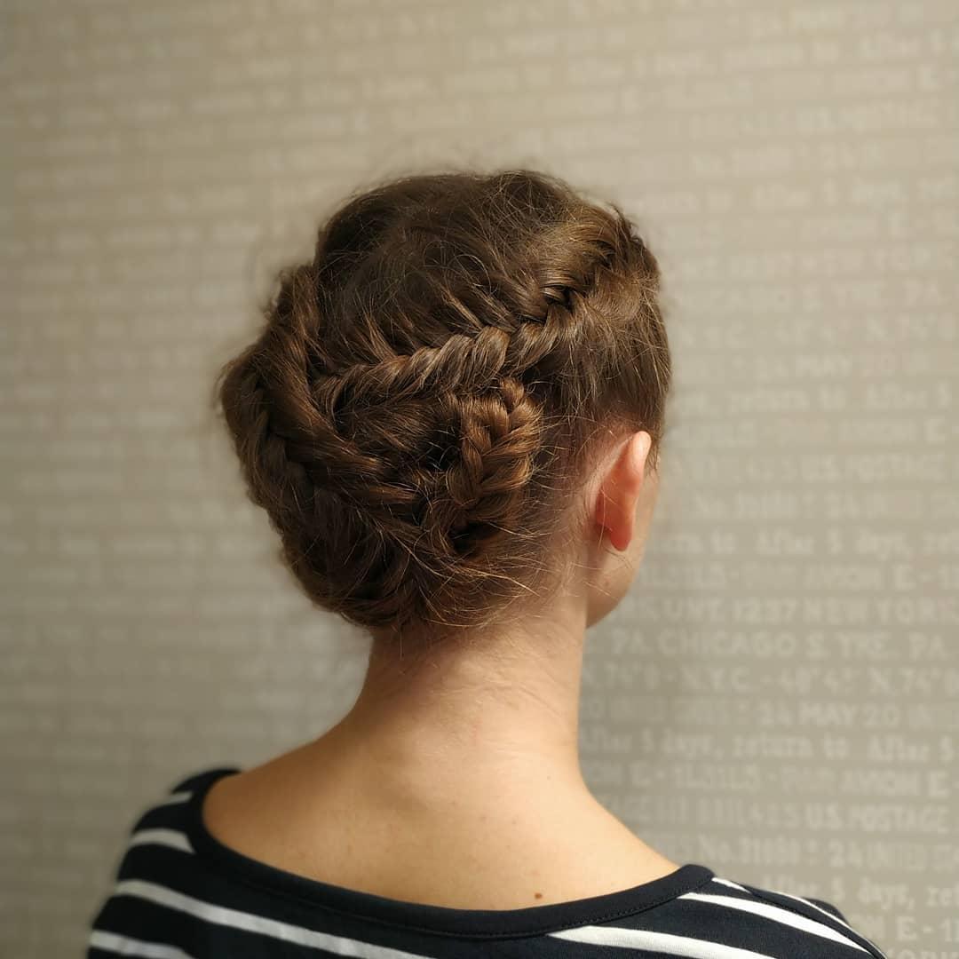 Dutch Fishtail Braid with a Twist