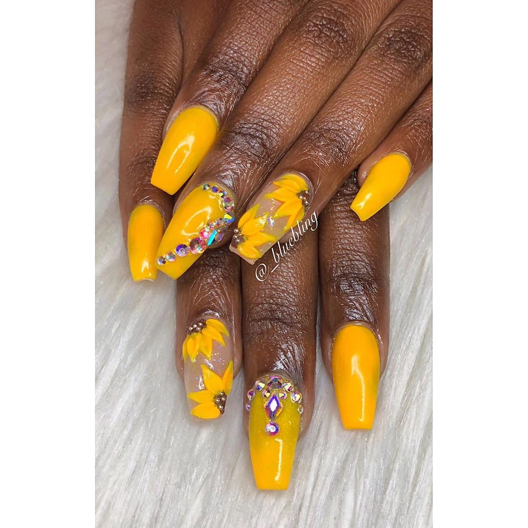 Sunflowers on Yellow Acrylic Nails