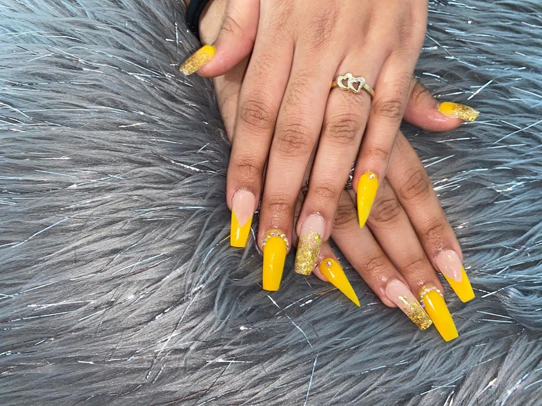 Pointed Yellow Acrylic Nails