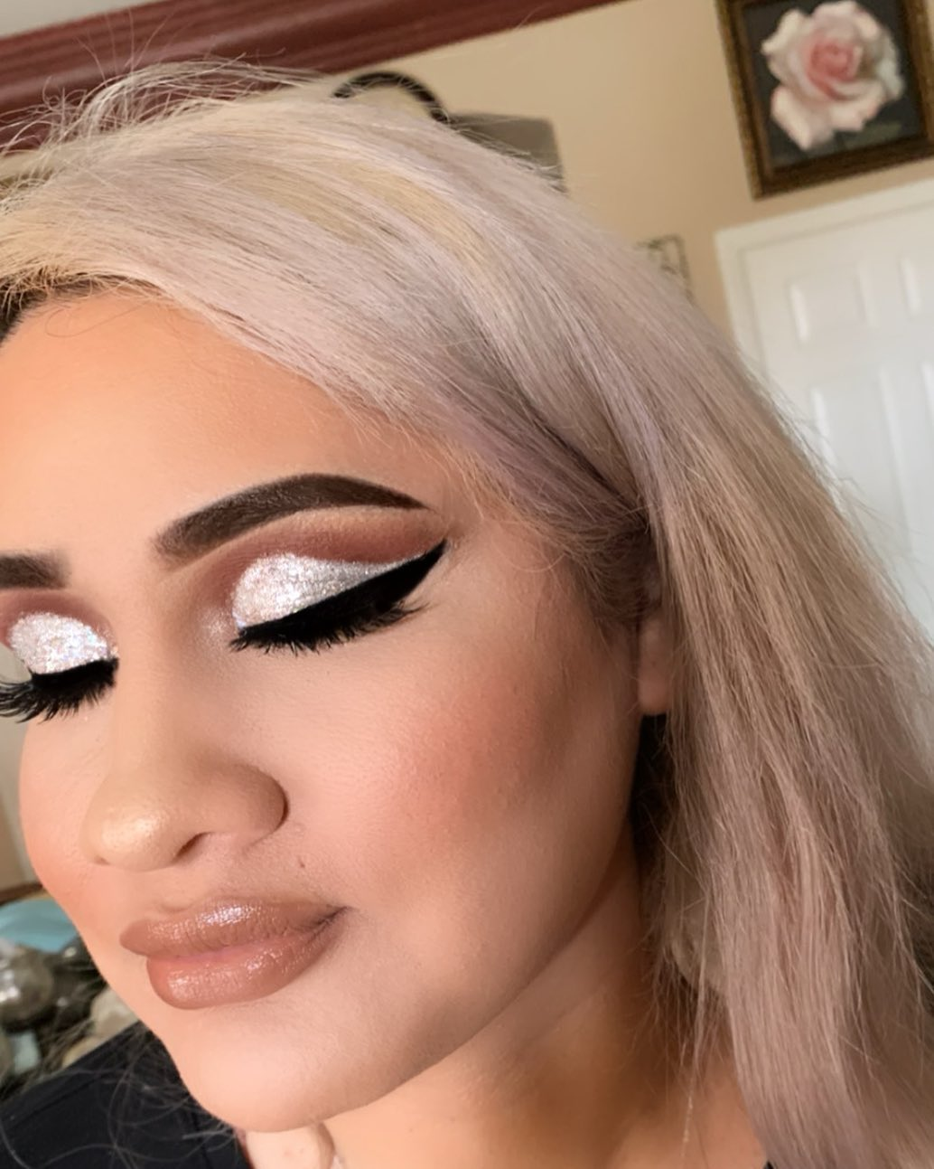 Glitter & Cut Crease technique