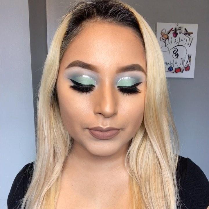 Frozen Glitter Cut Crease Looks