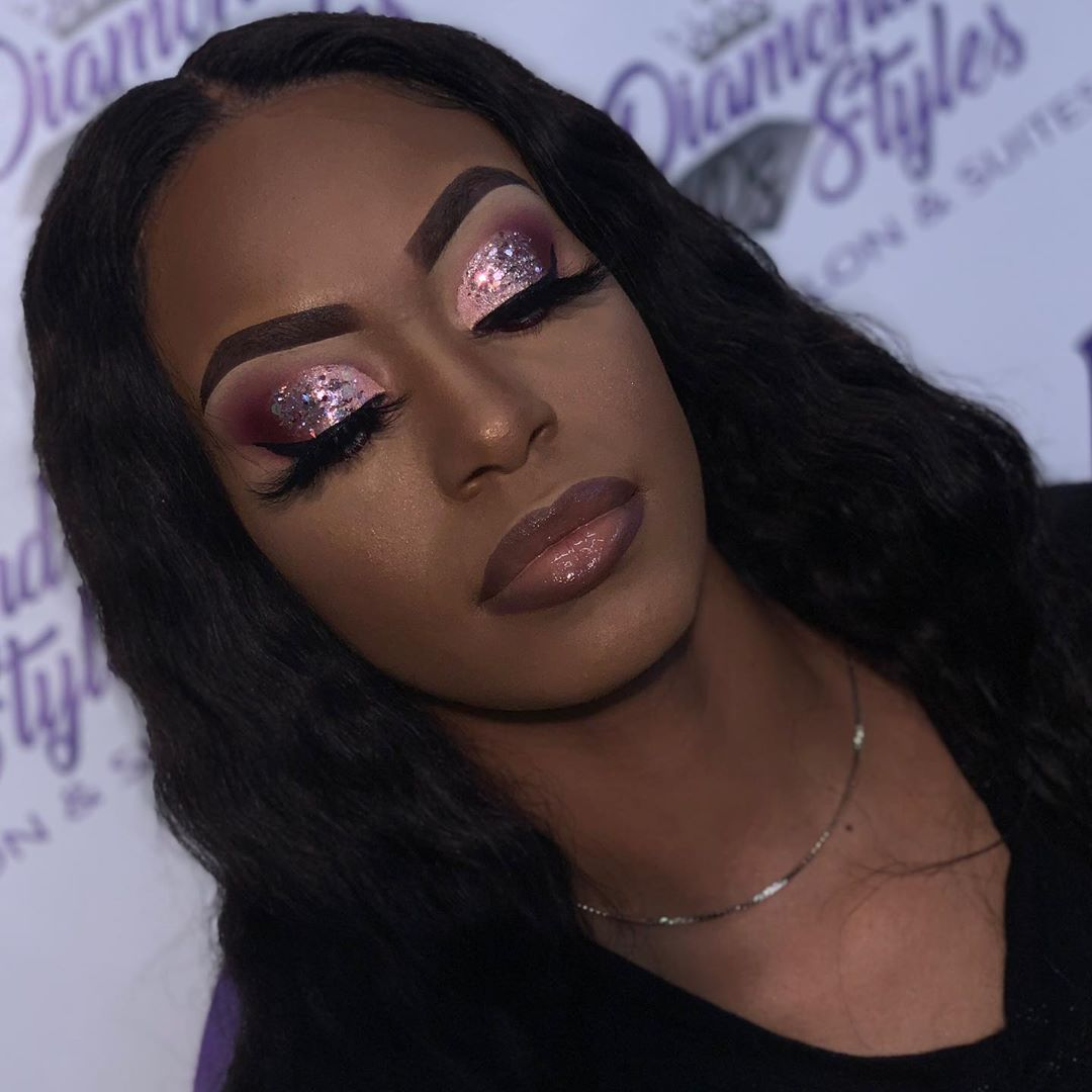 Pink shimmer Cut Crease technique