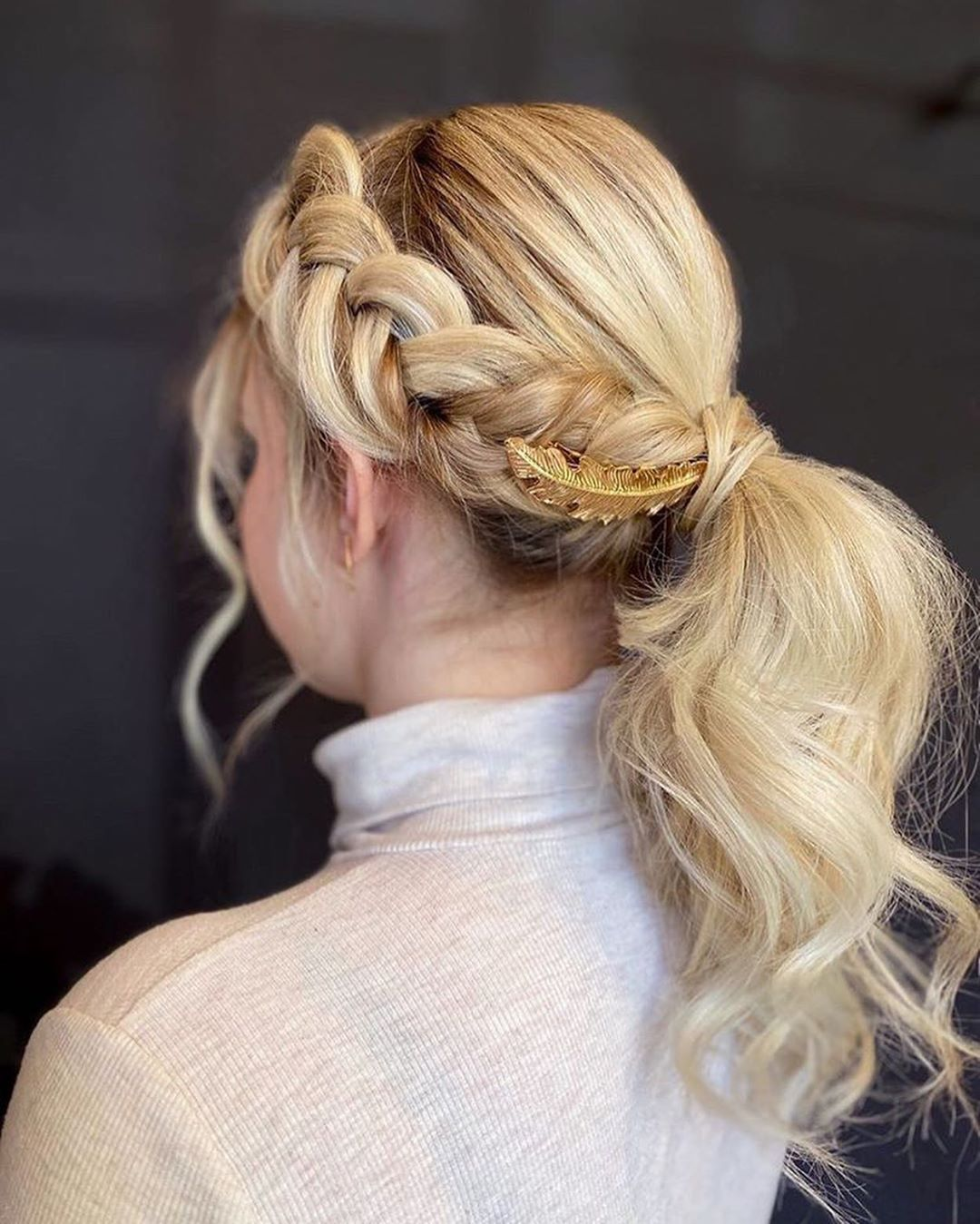 Dutch Fishtail Braid with accessory