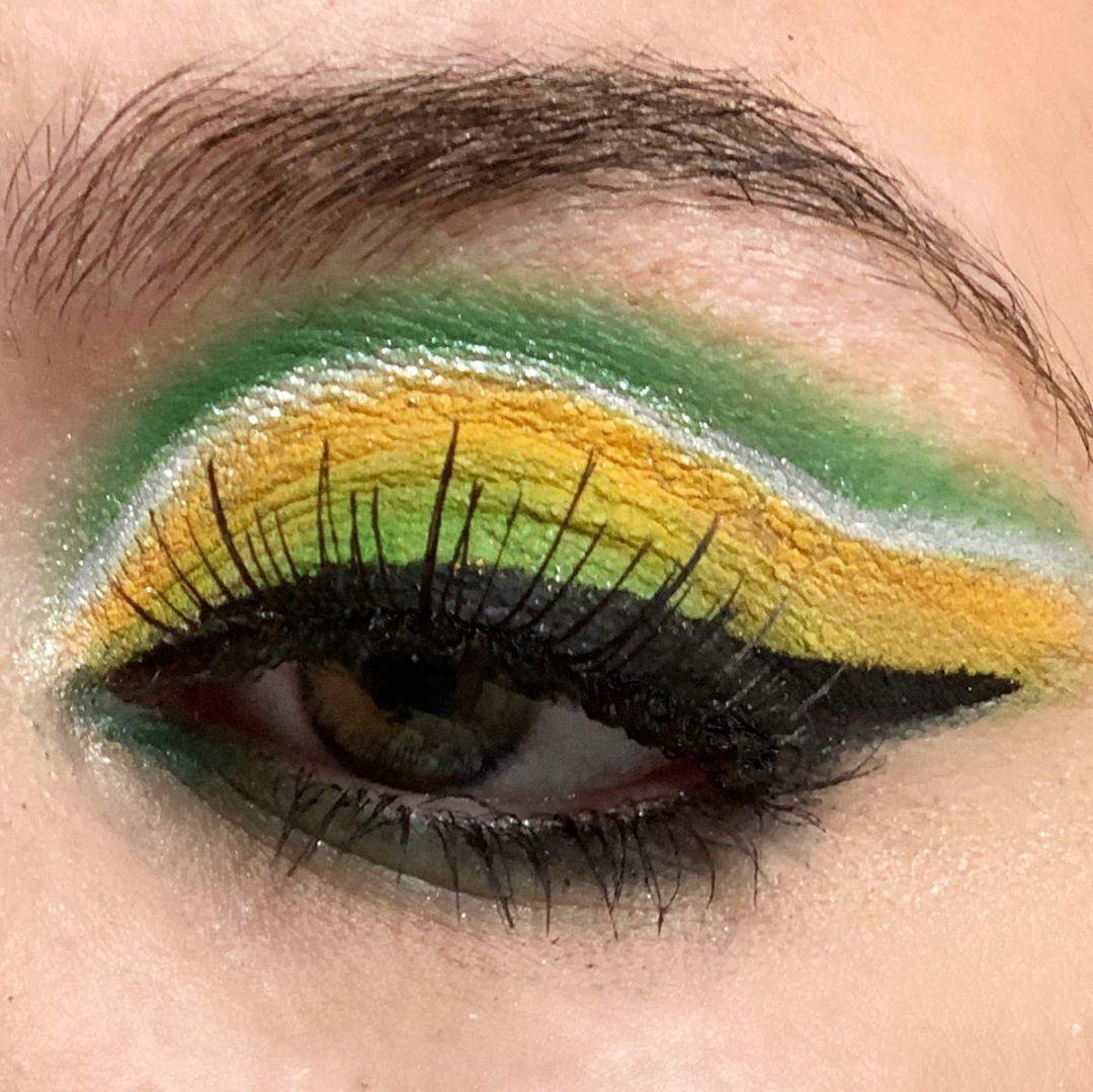 Inspirational image of yellow eye shadow makeup looks.