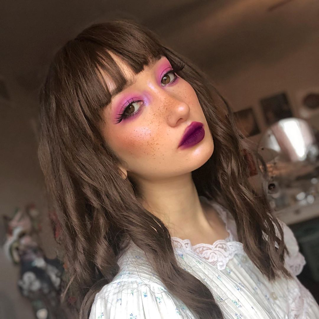 Faux Freckles Look with Purple Eyeshadow
