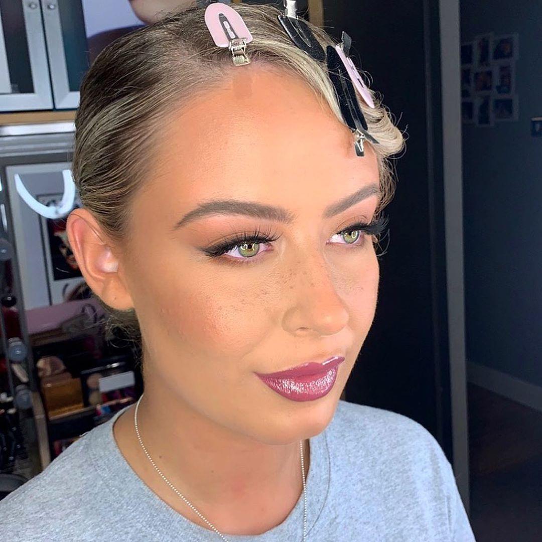 Faux Freckles Makeup technique for new bride