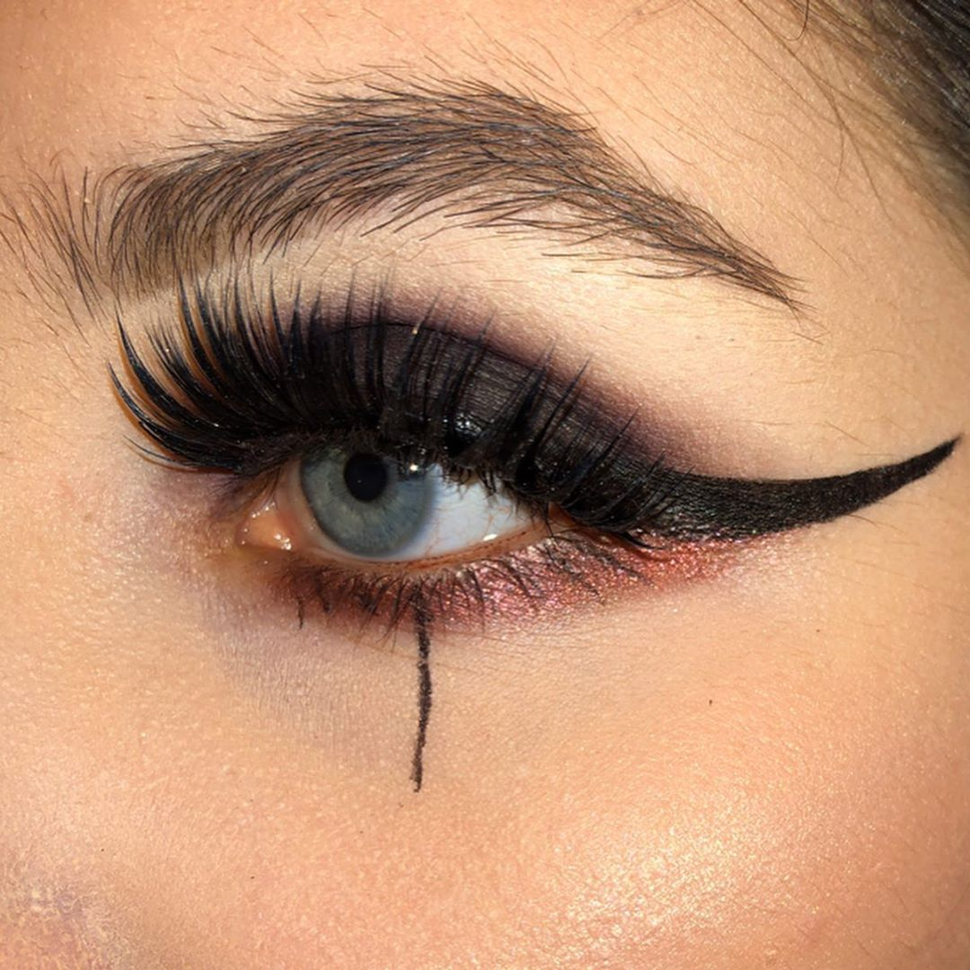 Image of teardrop with winged eyeliner
