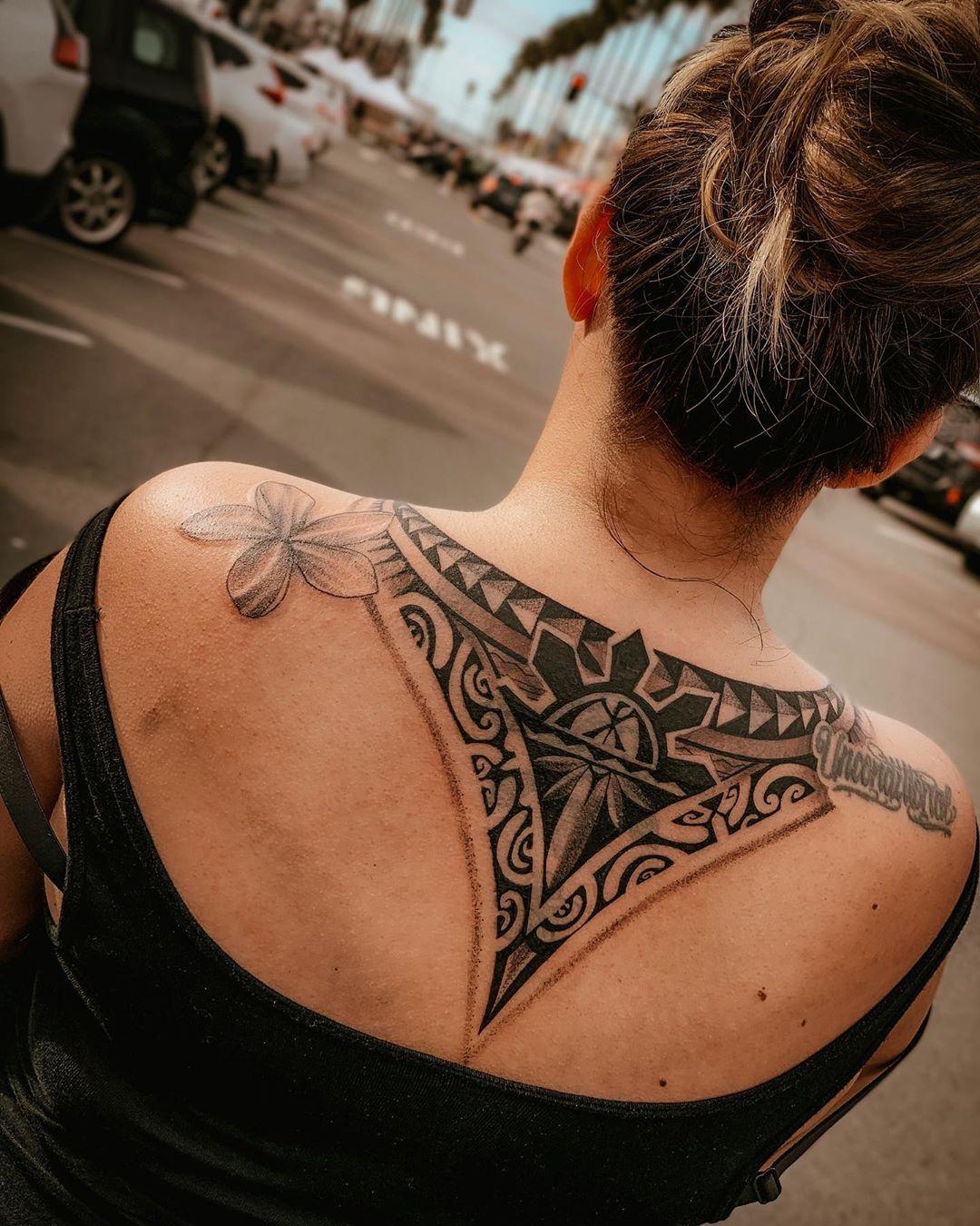 Shoulders and back Hawaiian tattoo