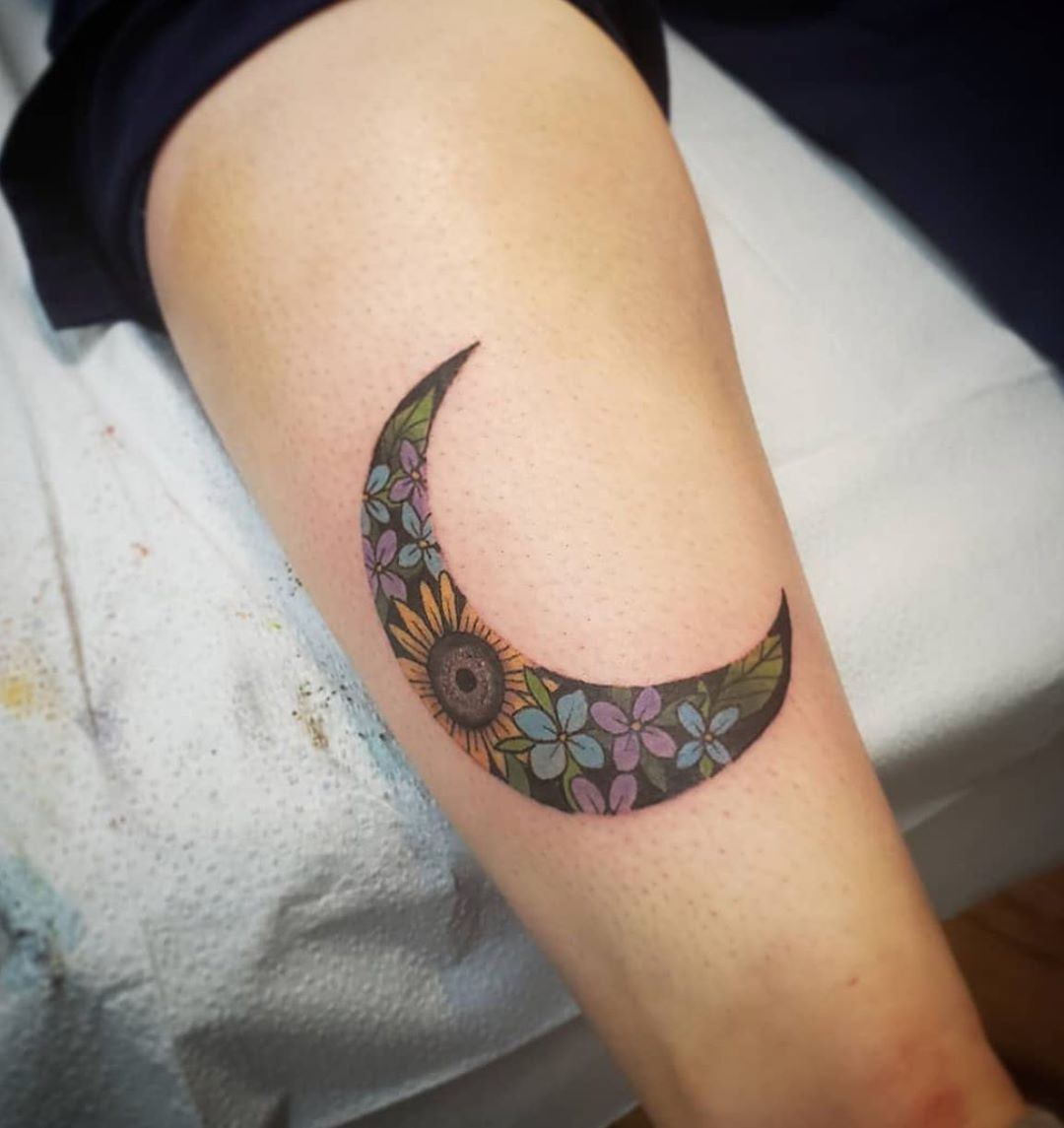 Sunflowers & hydrangea in Crescent Moon Tattoo