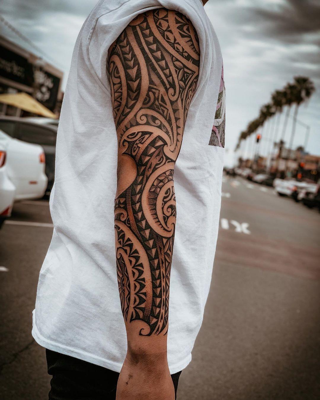 Polynesian tattoo design