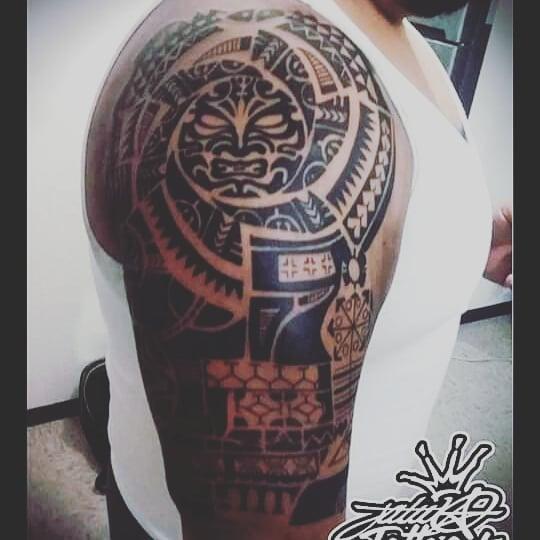 Tiki Hawaiian tattoo