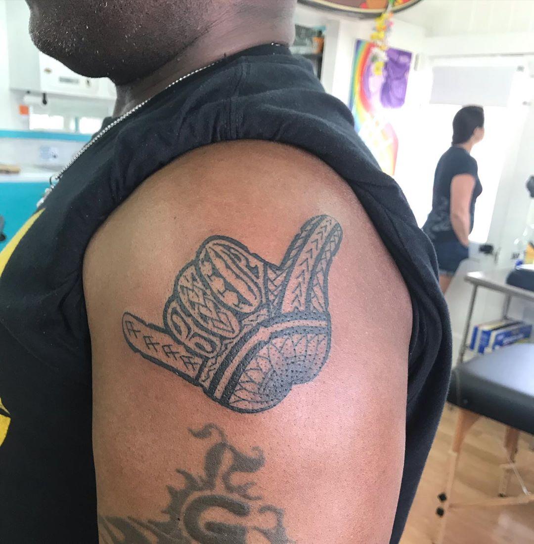 Hawaiian tattoo shaka