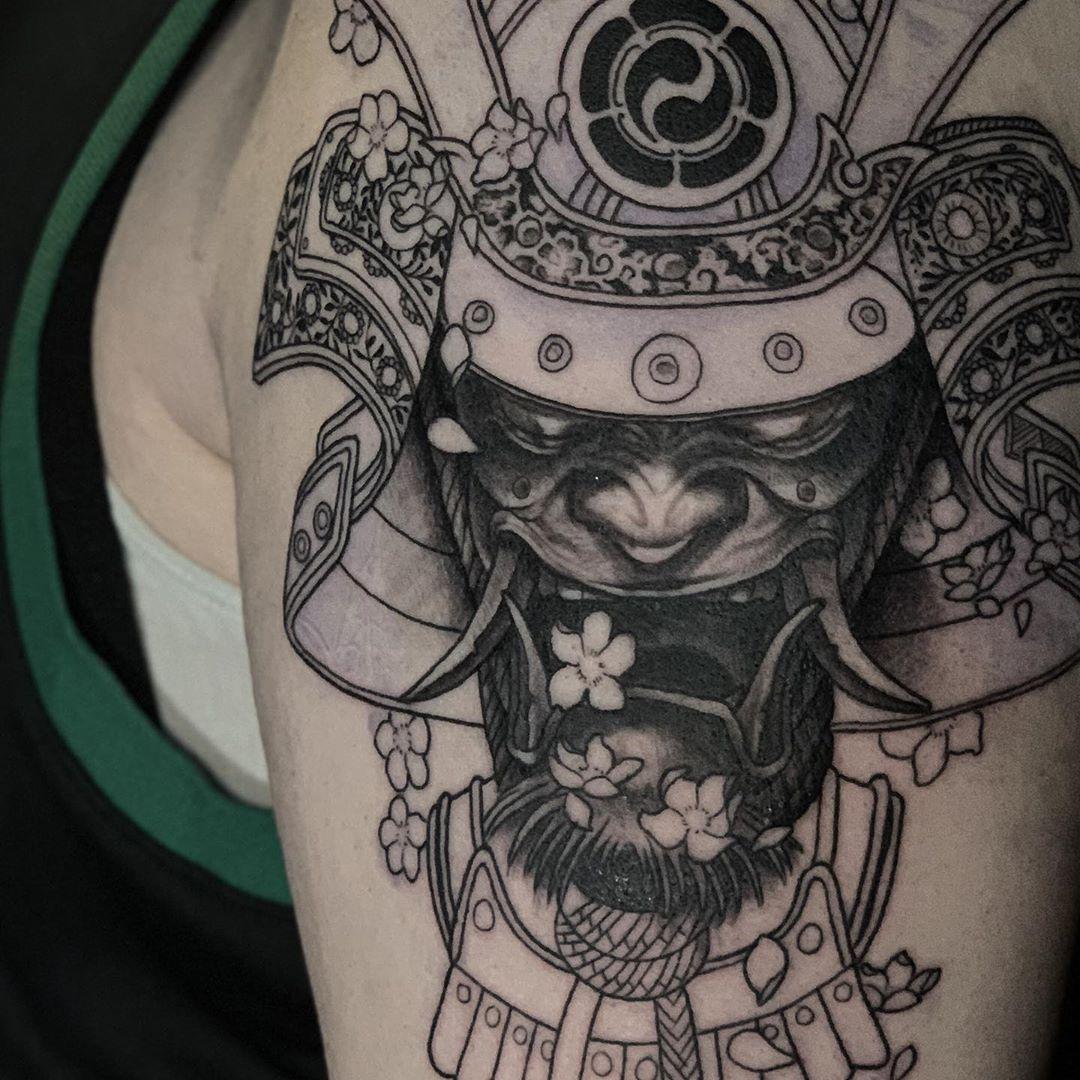 Classic Hawaiian tattoo with Asian warrior