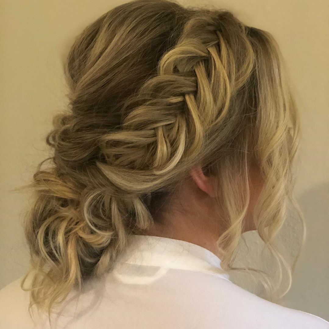 This is a fishtail up-do with boho braids