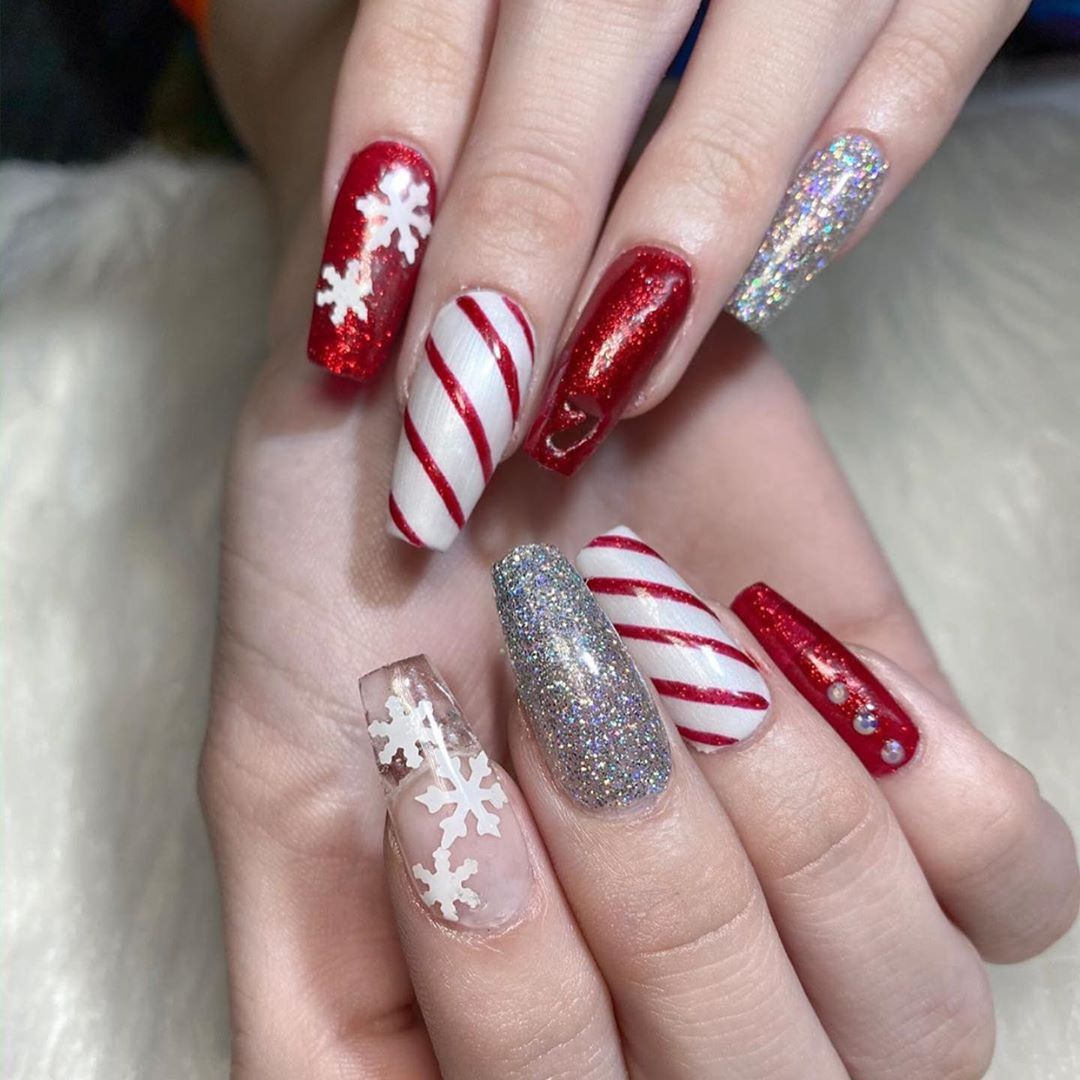 Image of Christmas Nail Design with lots of variety