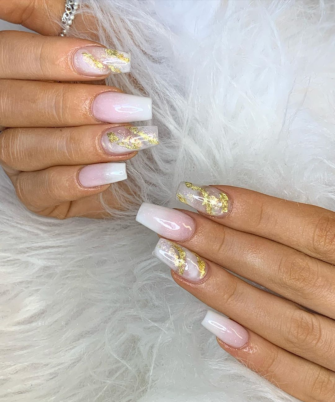 Transform your nails with these pink ombre Christmas themed designs