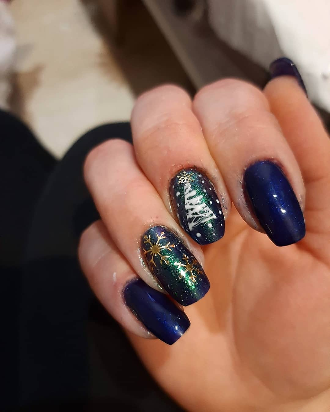 Acrylic Christmas nail design