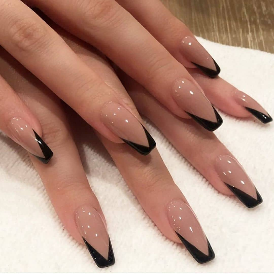 Image of Christmas nail designs in coffin style