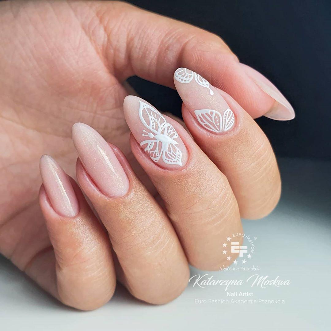 Dreamy pink nail ideas