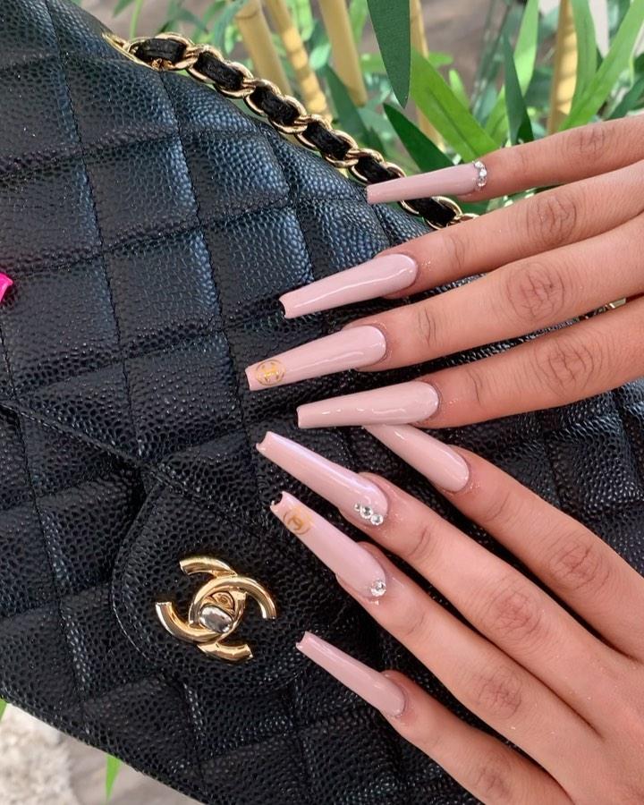 Inspiring image of Chanel nails